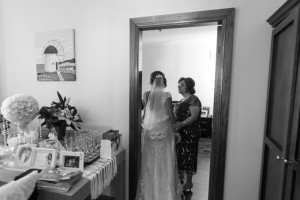 Greek-wedding-last-minute-talke-with-the-bride
