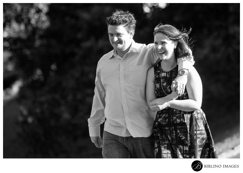 Mrs-Macquaries-Chair-Engagement-Session-at-the-Royal-Botanical Gardens-in-Sydney-Photo-taken-by-Biblino Images-0
