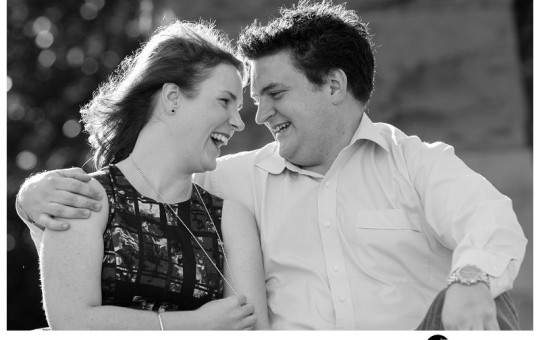 Mrs-Macquaries-Chair-Engagement-Session-at-the-Royal-Botanical Gardens-in-Sydney-Photo-taken-by-Biblino Images-1