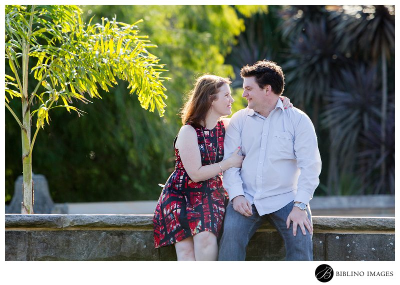 Mrs-Macquaries-Chair-Engagement-Session-at-the-Royal-Botanical Gardens-in-Sydney-Photo-taken-by-Biblino Images