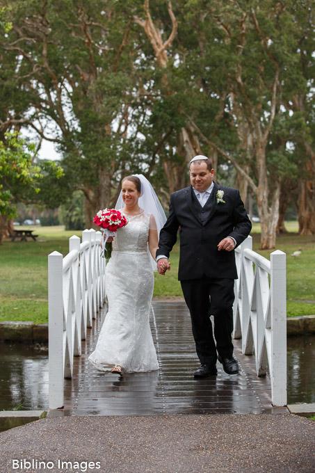 Bridal photos at Centennial park lily pond