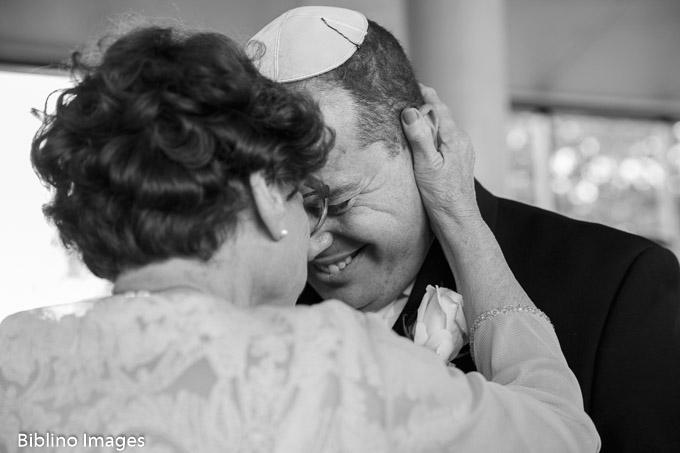 Groom and mother at Royal Randwick Wedding
